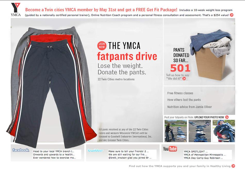 Različite veličine 3 trenerke za poklanjanje uz pomoć fatpants drive - reklamiranje firme ymca