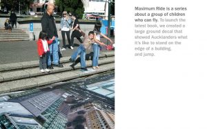 Roditelj i deca spremna da polete sa stepenika reklamiranje maksimalne vožnje